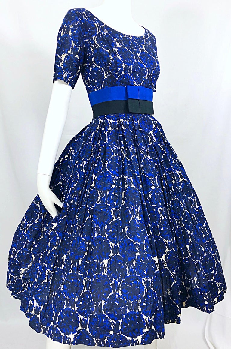 1950s Bonwit Teller Demi Couture Blue Abstract Floral Fit n' Flare Vintage Dress For Sale 2