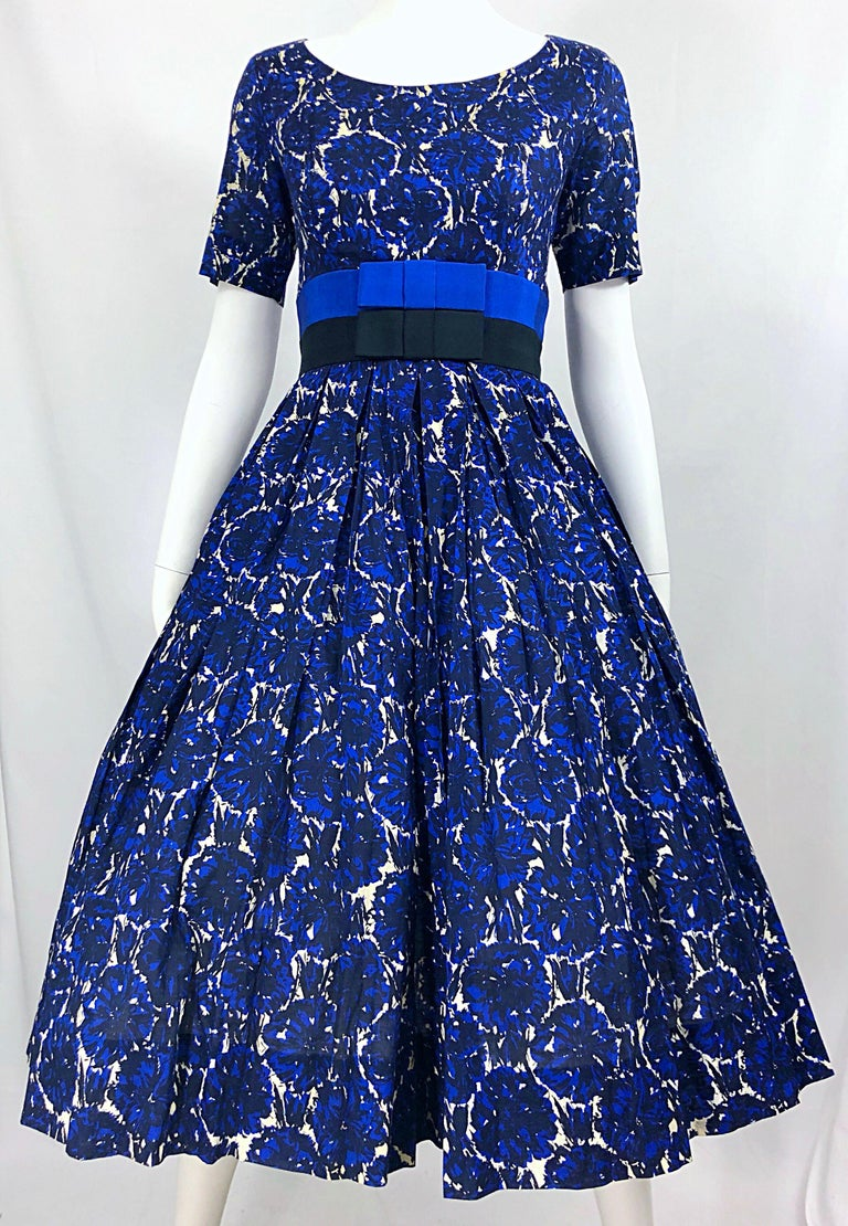 1950s Bonwit Teller Demi Couture Blue Abstract Floral Fit n' Flare Vintage Dress For Sale 3