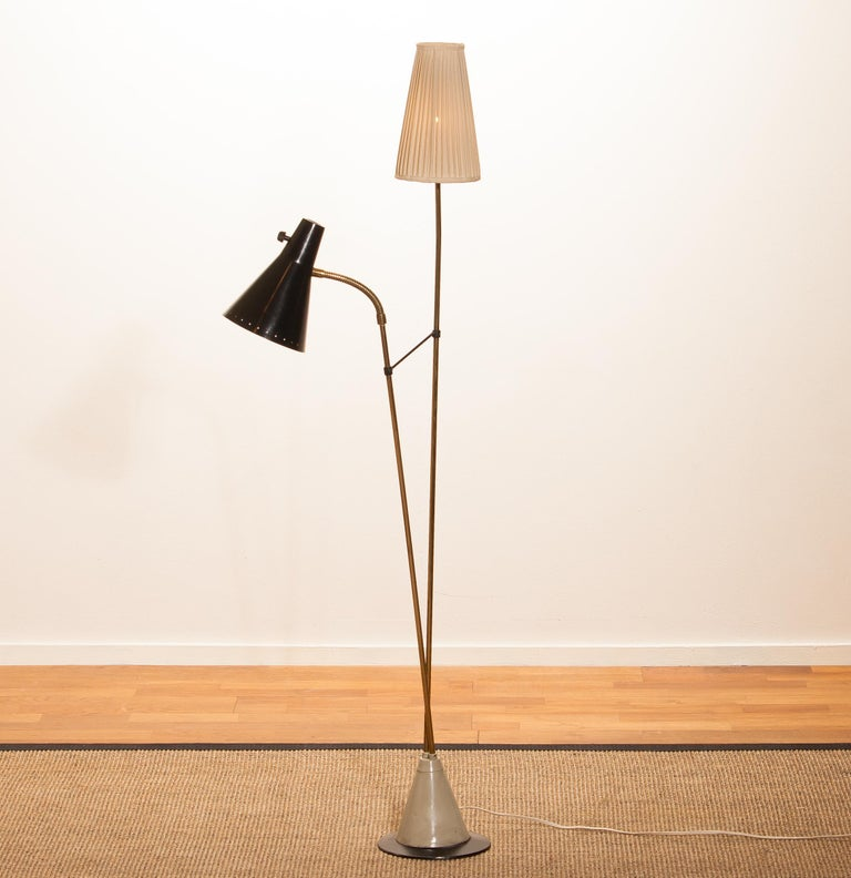 1950s, Brass and Metal Floor Lamp by Hans Bergström for Ataljé Lyktan For Sale 5