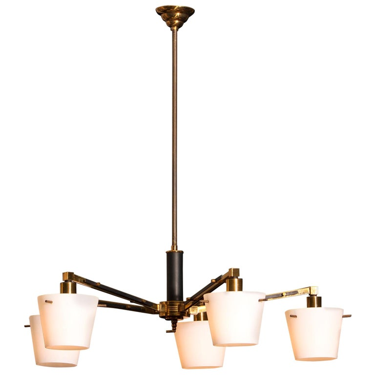 Mid-Century Modern 1950s, Brass Chandelier with Frosted with Glass Shades by Stilnovo, Italy