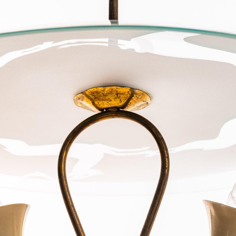 20th Century 1950's Brass & Glass Pendant in Style of Pietro Chiesa For Sale