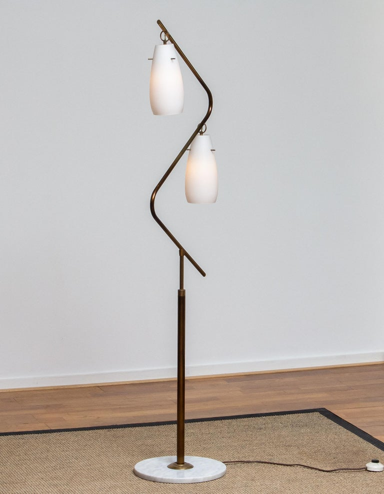 1950s Brass Stilnovo Floor Lamp with Two Opaline Shades or Vases, Italy For Sale 2