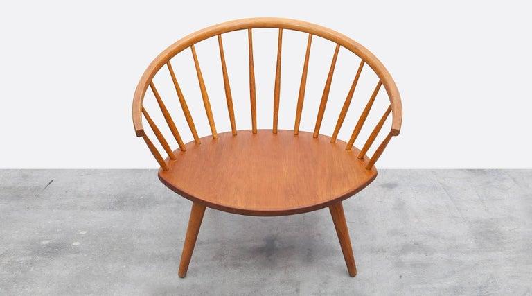 1950s Brown Wooden Oak Pair of Lounge Chairs by Yngve Ekström For Sale 4