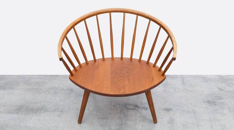 1950s Brown Wooden Oak Pair of Lounge Chairs by Yngve Ekström For Sale 3