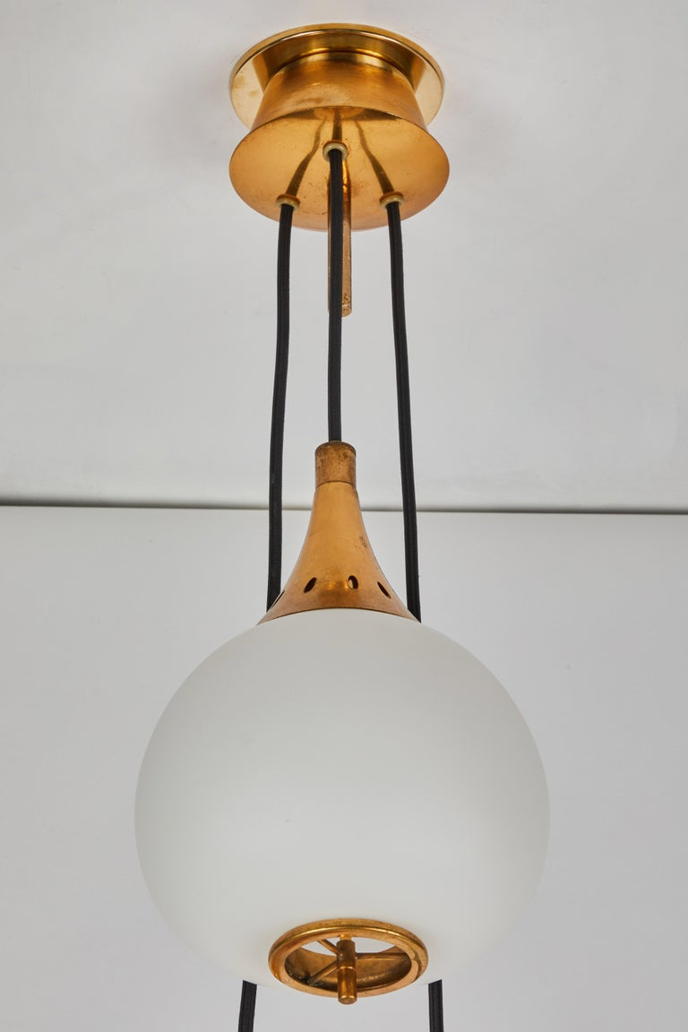 1950s Bruno Chiarini Brass and Glass Chandelier for Stilnovo For Sale 5