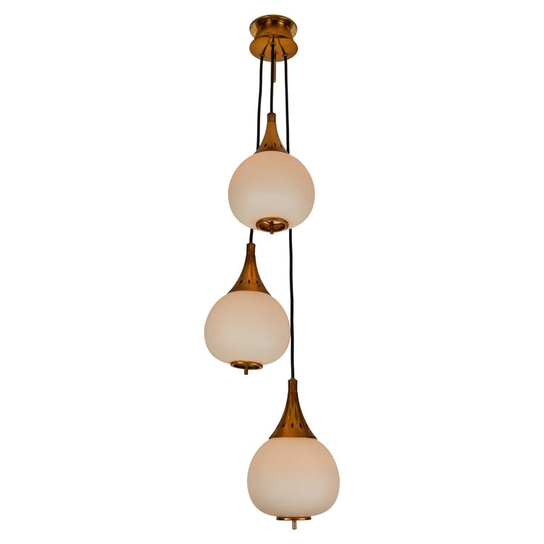 1950s Bruno Chiarini Brass and Glass Chandelier for Stilnovo For Sale