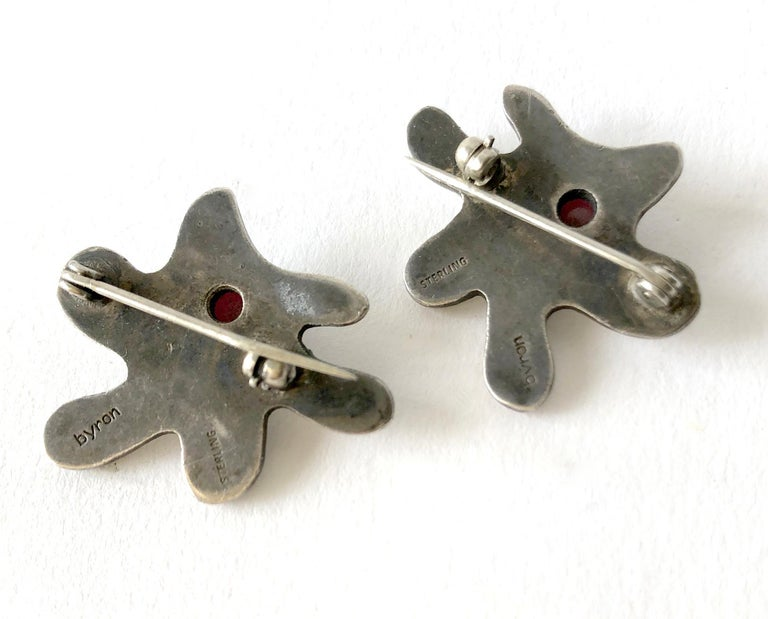 1950s Byron Wilson Sterling Silver Garnet California Studio Scatter Pins In Good Condition For Sale In Los Angeles, CA