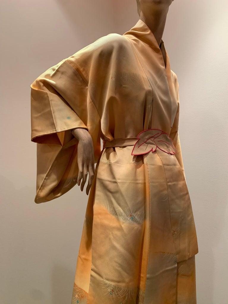 1950s Cantaloupe Silk Kimono W/ Torso Creations Leaf Motif Belt For Sale 8