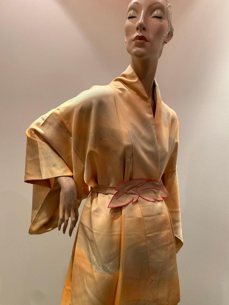 1950s Cantaloupe Silk Kimono W/ Torso Creations Leaf Motif Belt For Sale 9