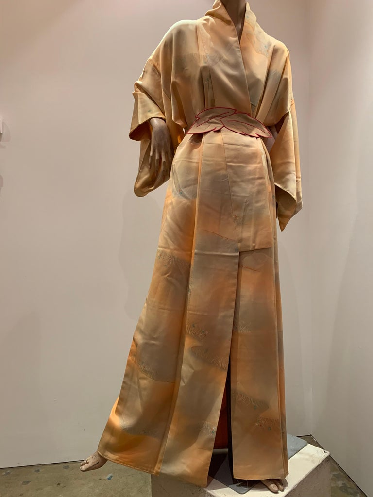 1950s Cantaloupe Silk Kimono W/ Torso Creations Leaf Motif Belt For Sale 10