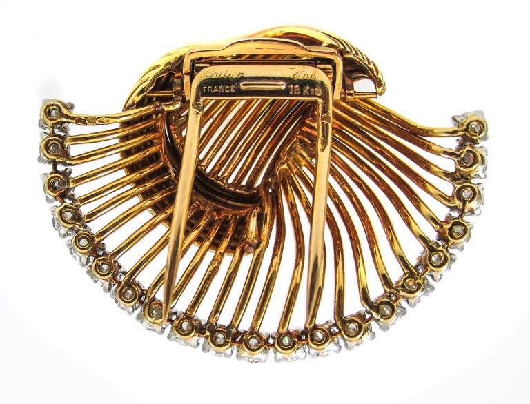 Round Cut 1950s Cartier Paris Retro Diamond Gold Brooch For Sale