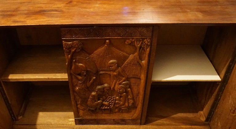 1950s Carved Wooden Cabinet from Zaïre For Sale 4