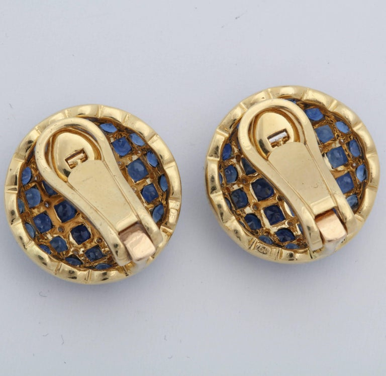 Round Cut 1950s Checkerboard Design Faceted Sapphires with Diamonds Gold Clip-On Earrings For Sale