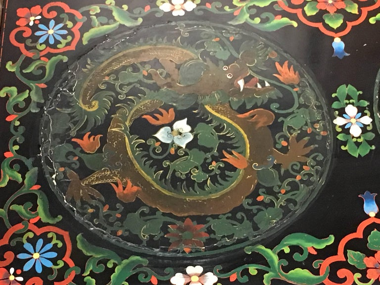 1950s Chinese Black Lacquer Painted Dragon Coffee Table or Bench For Sale 3