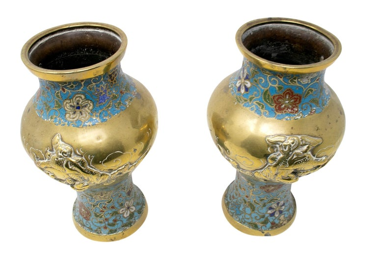 1950s Chinese Pair of Bronze Cloisonné Vases For Sale 1