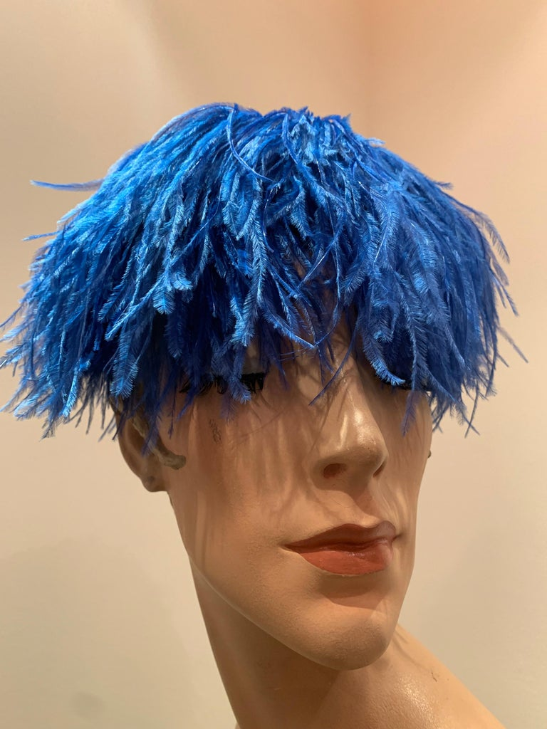 1950s Cobalt Blue Ostrich Feather Fringe Pillbox Hat  In Excellent Condition For Sale In San Francisco, CA