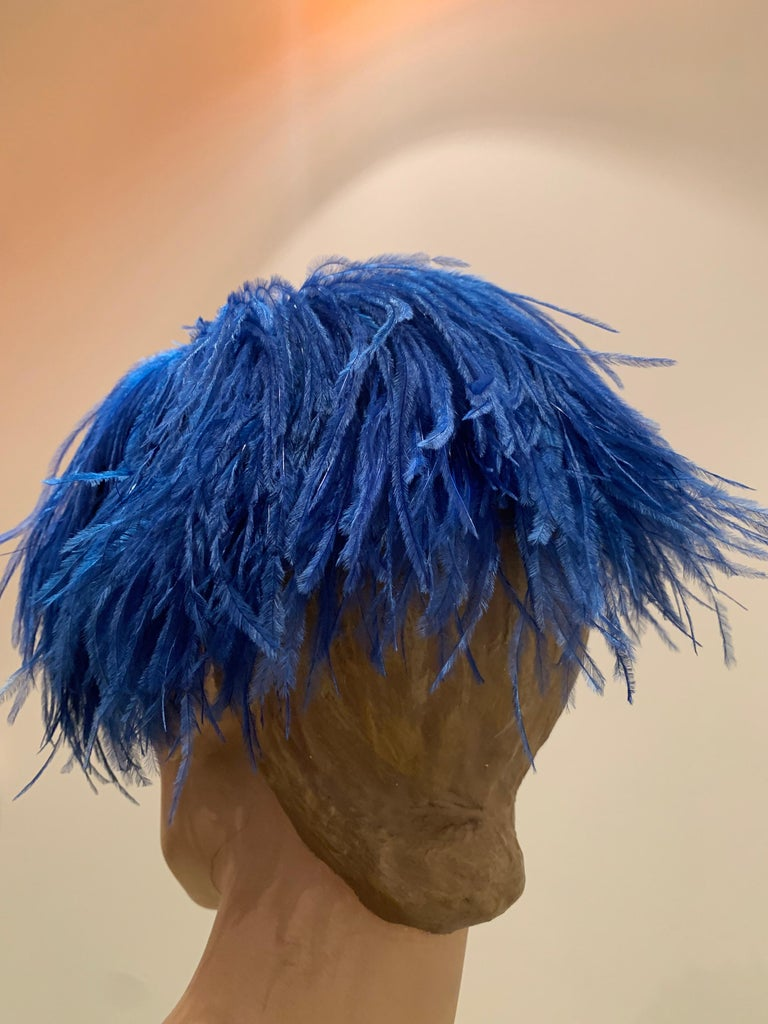 1950s Cobalt Blue Ostrich Feather Fringe Pillbox Hat  For Sale 2