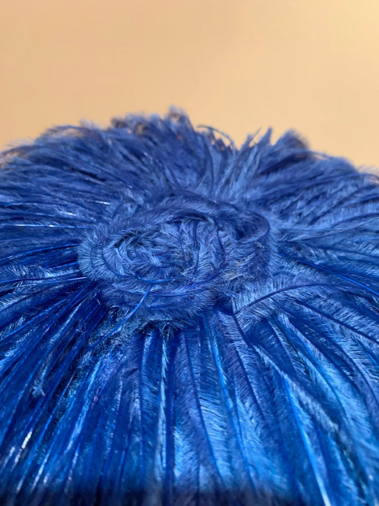 1950s Cobalt Blue Ostrich Feather Fringe Pillbox Hat  For Sale 3