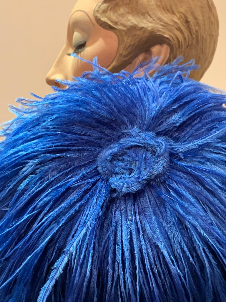 1950s Cobalt Blue Ostrich Feather Fringe Pillbox Hat  For Sale 4