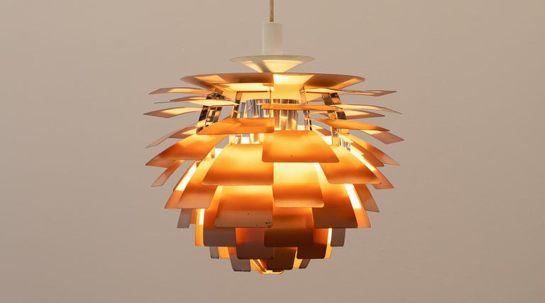 This ceiling lamp model