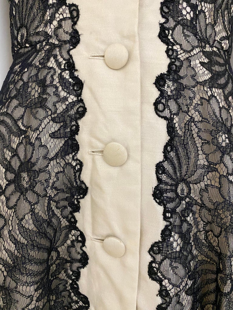 Women's 1950s Creme And Black Silk Lace cocktail Dress For Sale