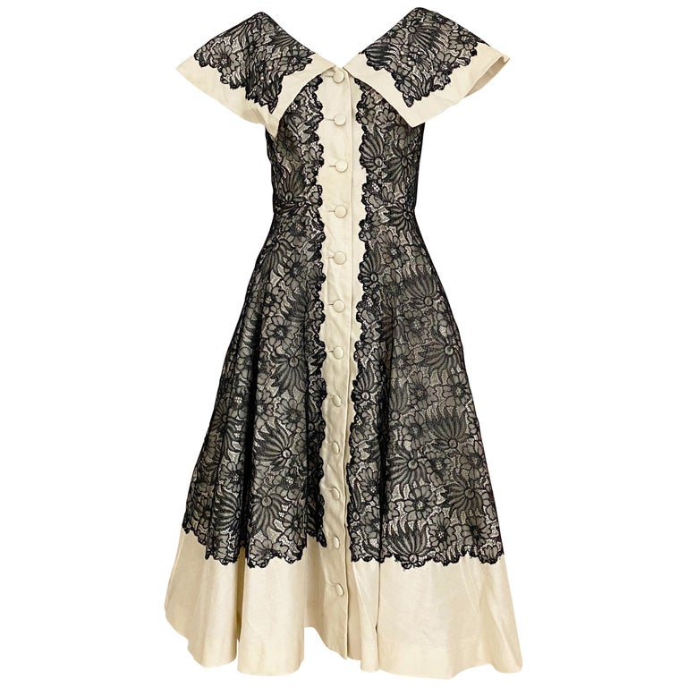 1950s Creme And Black Silk Lace cocktail Dress For Sale