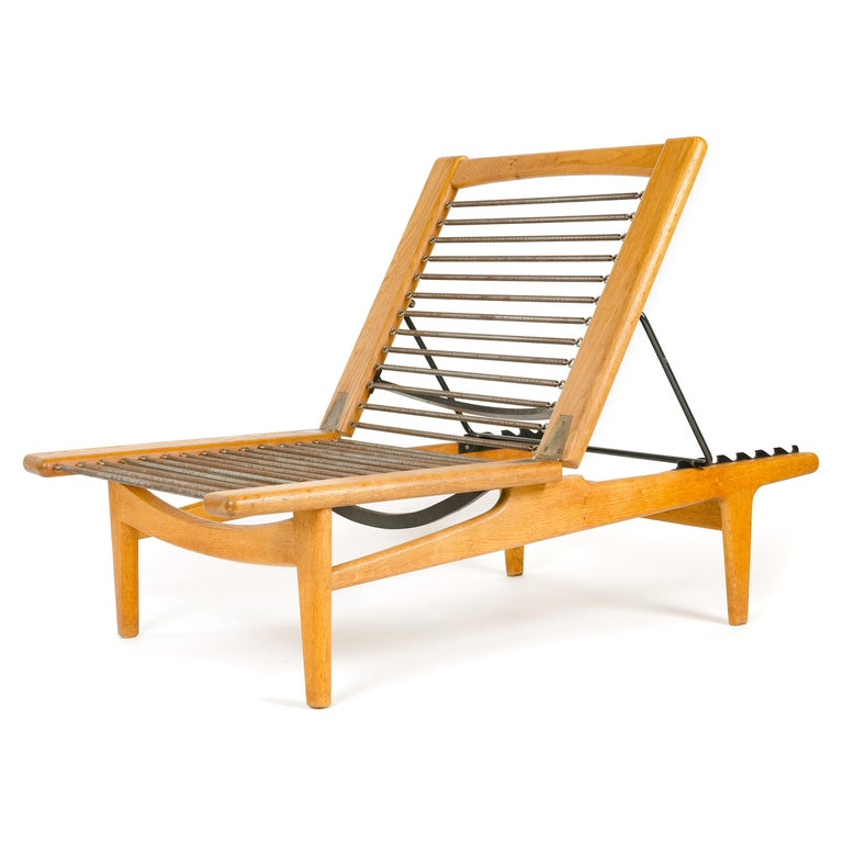 1950s Danish Chaise Lounge Chair and Footrest by Hans J. Wegner for GETAMA For Sale 1