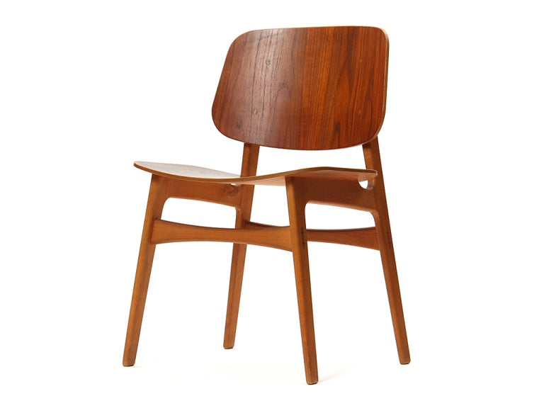 Scandinavian Modern 1950s Danish Dining Chairs by Borge Mogensen in Teak and Beech For Sale