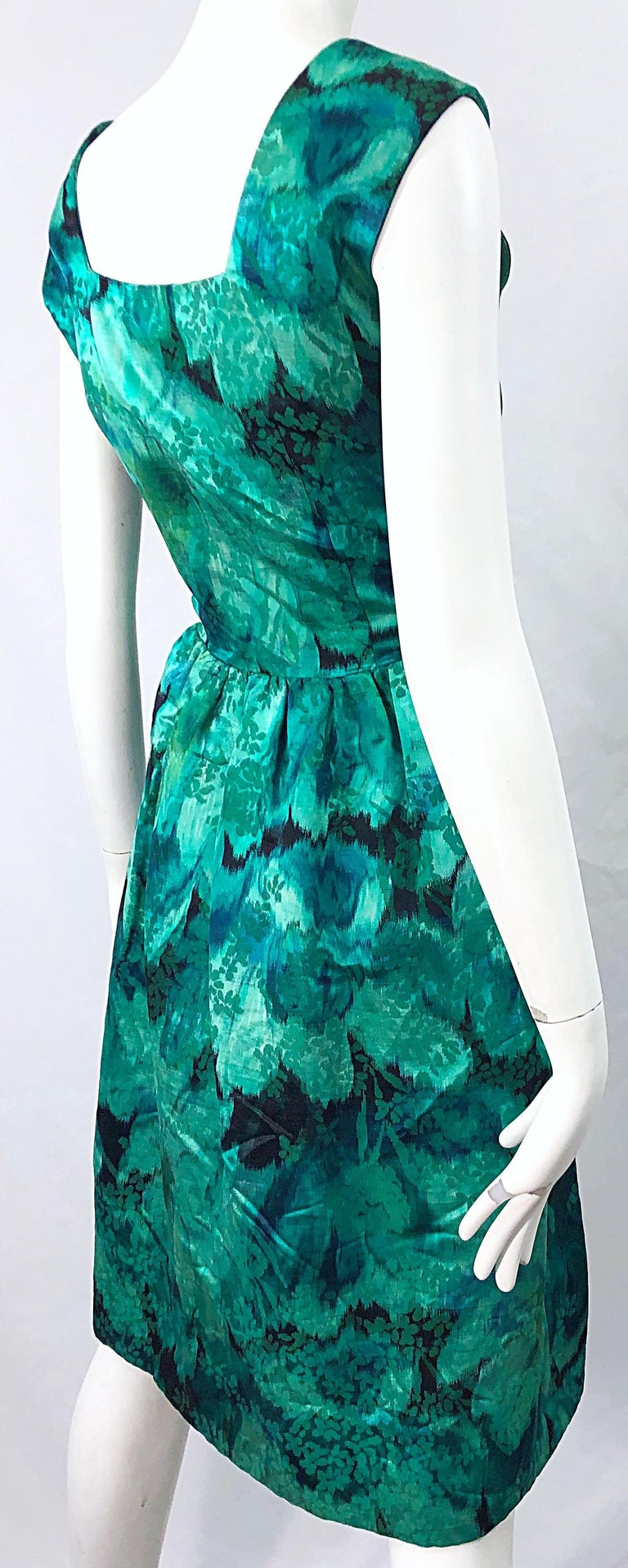 1950s Demi Couture Green Botanical Floral Silk Fit n' Flare Vintage 50s Dress For Sale 8