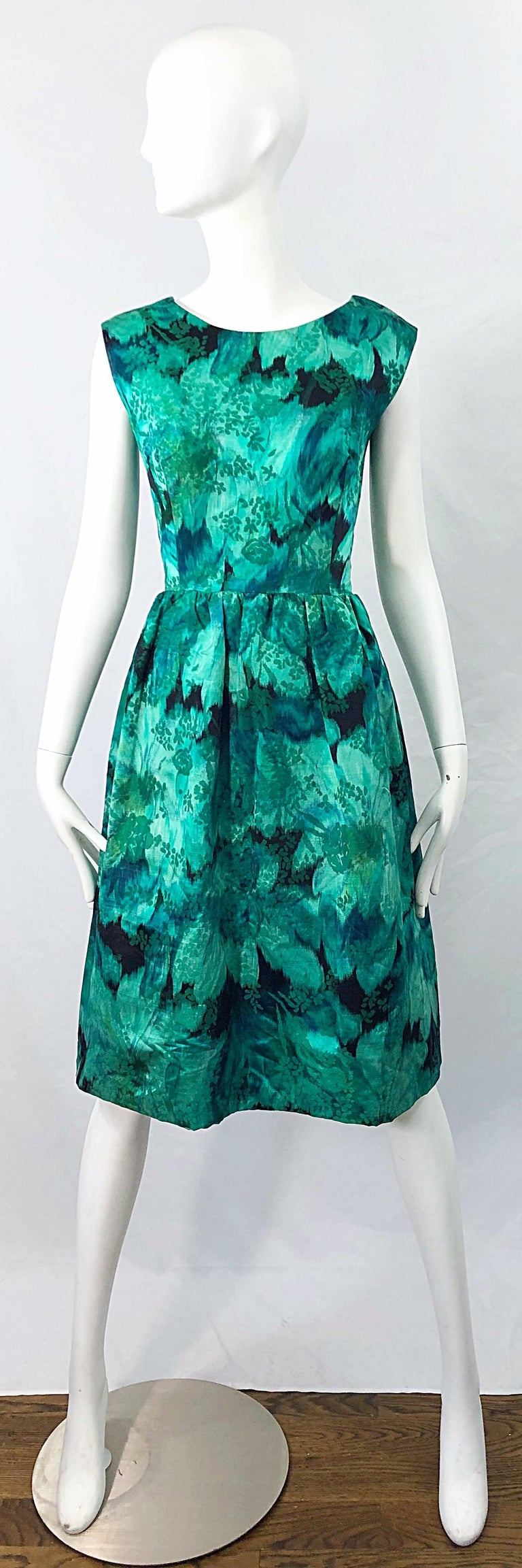 1950s Demi Couture Green Botanical Floral Silk Fit n' Flare Vintage 50s Dress For Sale 9