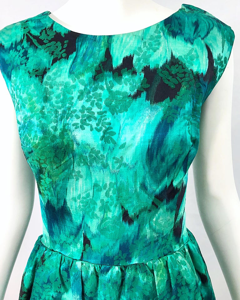 Women's 1950s Demi Couture Green Botanical Floral Silk Fit n' Flare Vintage 50s Dress For Sale