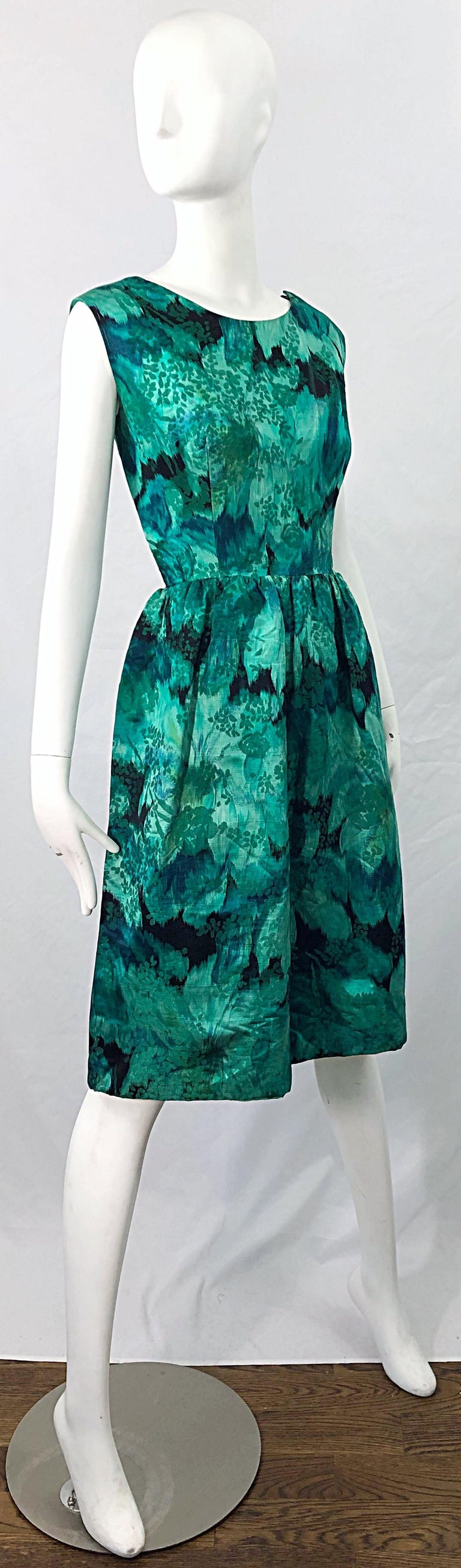 1950s Demi Couture Green Botanical Floral Silk Fit n' Flare Vintage 50s Dress For Sale 2
