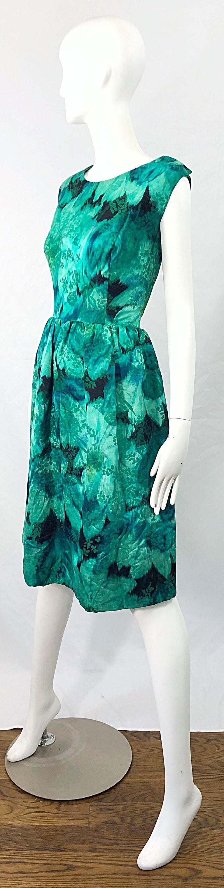 1950s Demi Couture Green Botanical Floral Silk Fit n' Flare Vintage 50s Dress For Sale 5