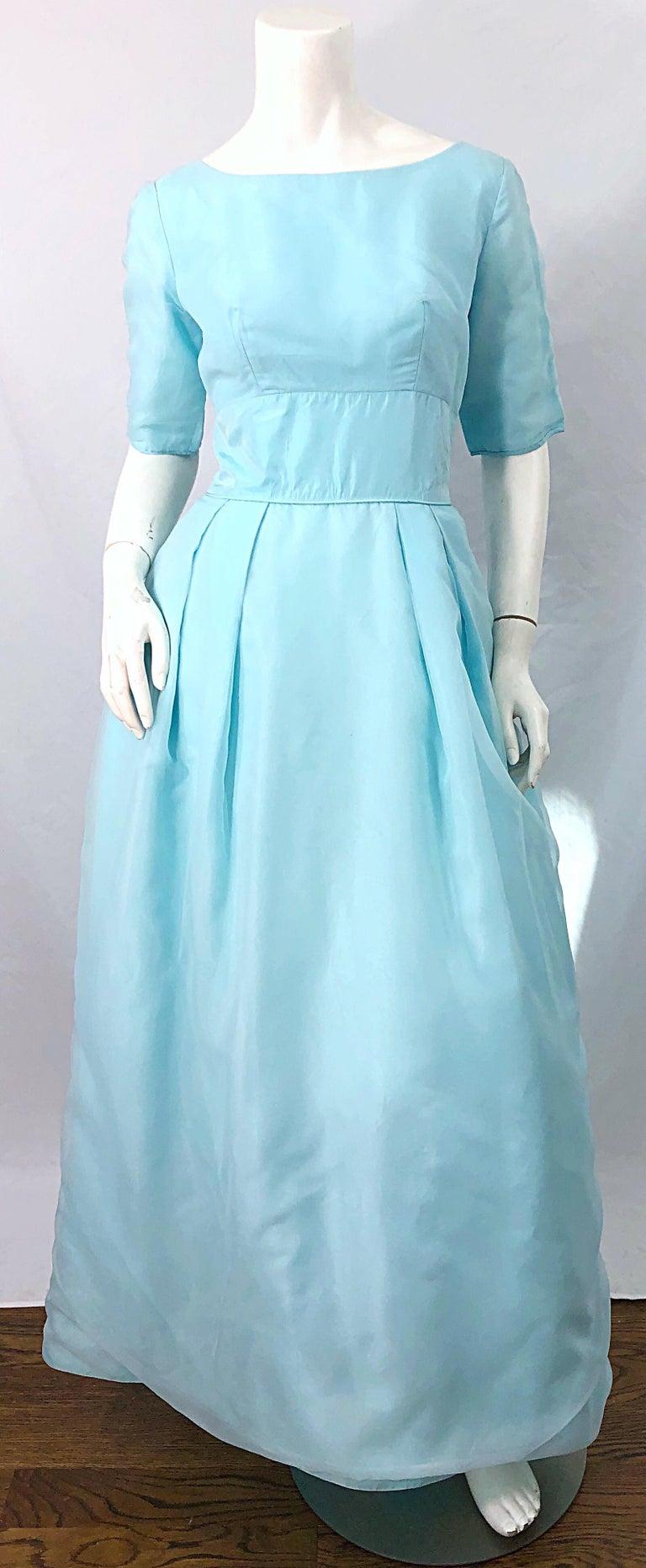 1950s Demi Couture Light Blue Cinderella Silk Chiffon Taffeta 3/4 Sleeves Gown For Sale 7