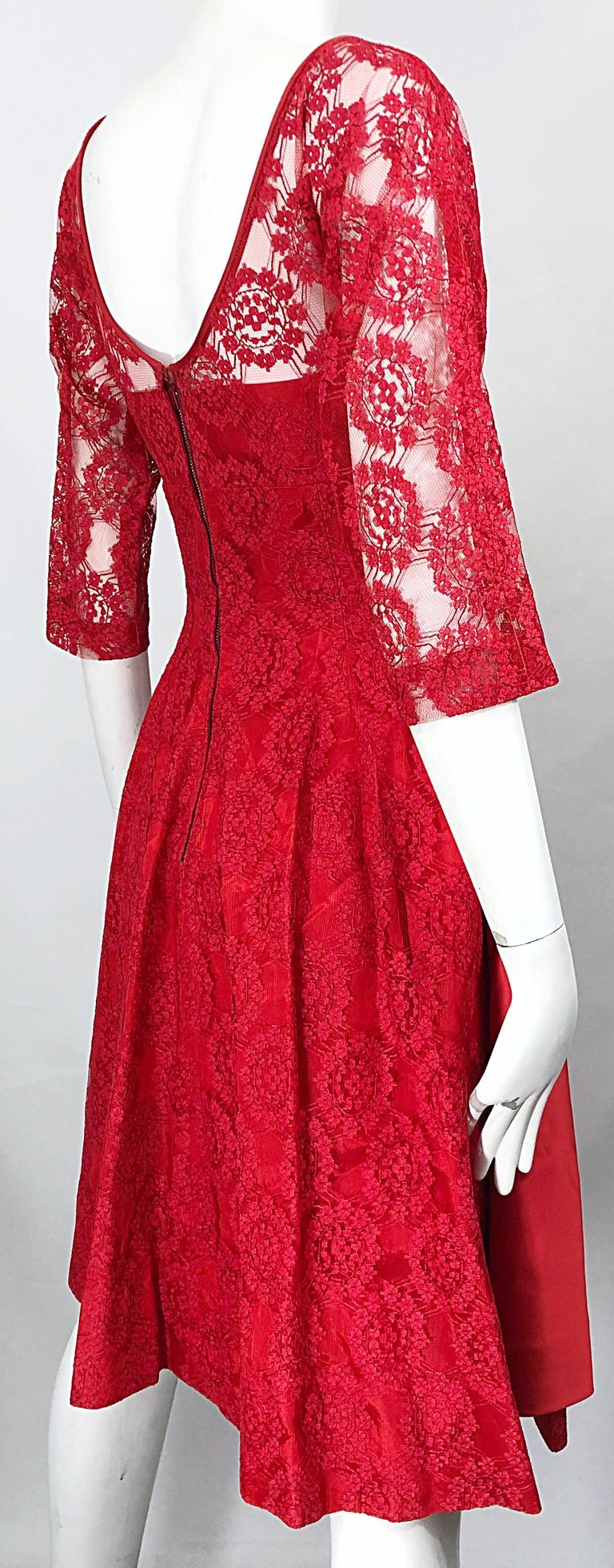 1950s Demi Couture Lips Stick Red Silk Lace 3/4 Sleeve Vintage 50s Dress For Sale 9
