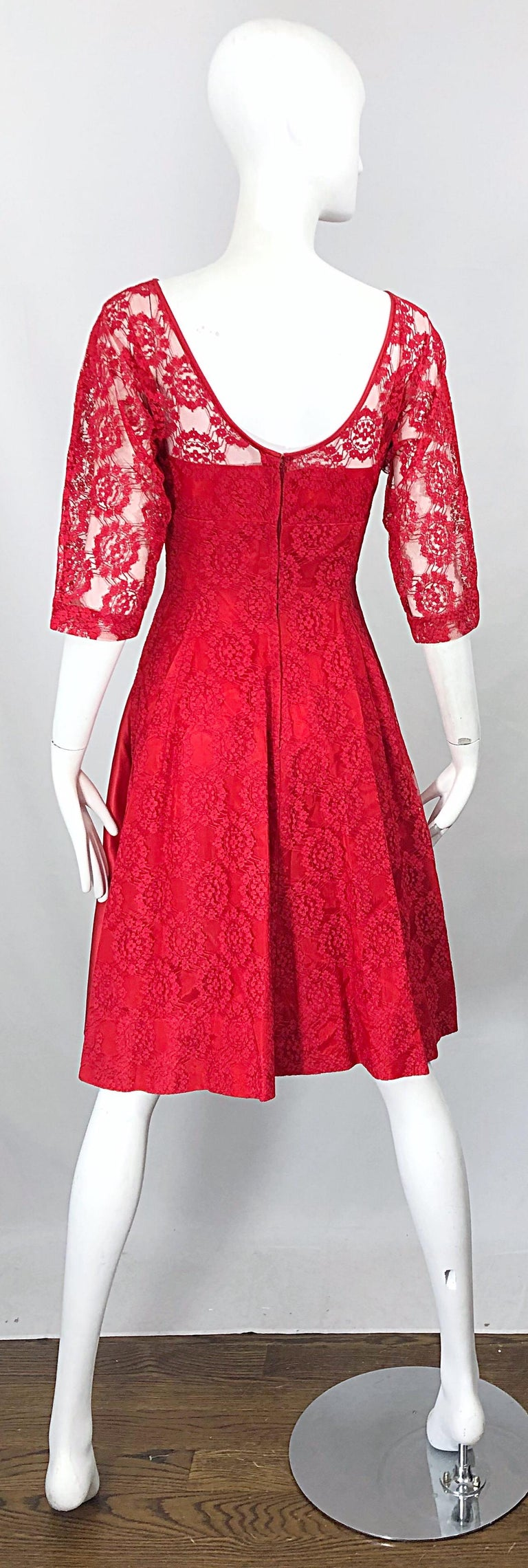1950s Demi Couture Lips Stick Red Silk Lace 3/4 Sleeve Vintage 50s Dress In Excellent Condition For Sale In Chicago, IL