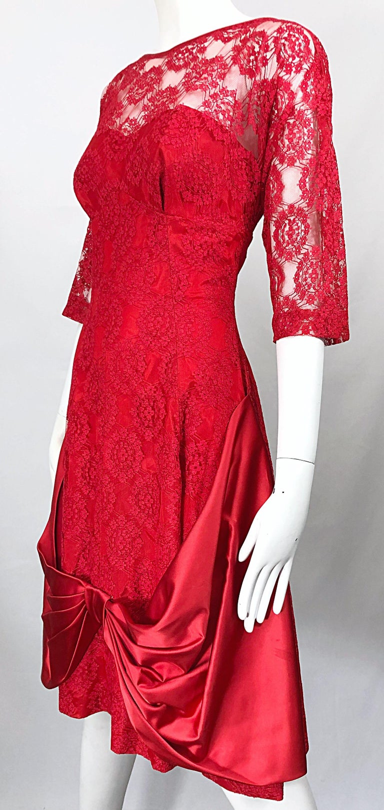 1950s Demi Couture Lips Stick Red Silk Lace 3/4 Sleeve Vintage 50s Dress For Sale 2