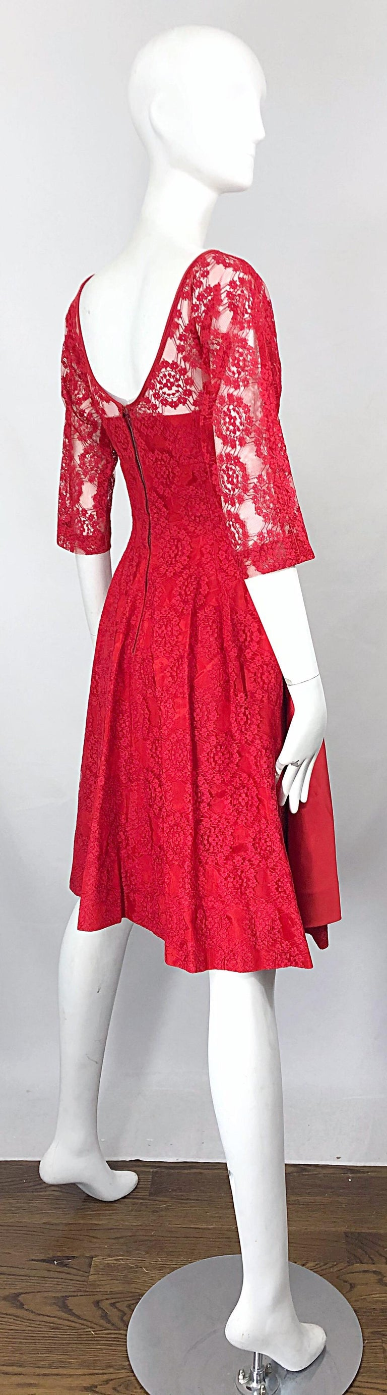 1950s Demi Couture Lips Stick Red Silk Lace 3/4 Sleeve Vintage 50s Dress For Sale 3