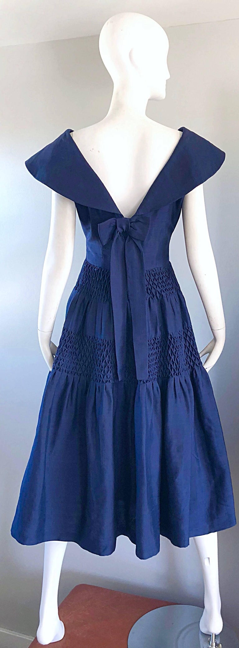 1950s Demi Couture Navy Blue Silk Shantung Vintage 50s Nautical Dress In Excellent Condition For Sale In Chicago, IL