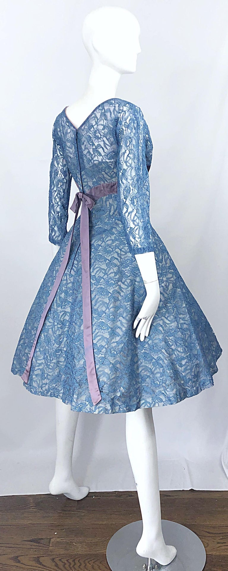 1950s Demi Couture Periwinkle Blue Chantily Lace Fit n' Flare Vintage 50s Dress In Excellent Condition For Sale In Chicago, IL