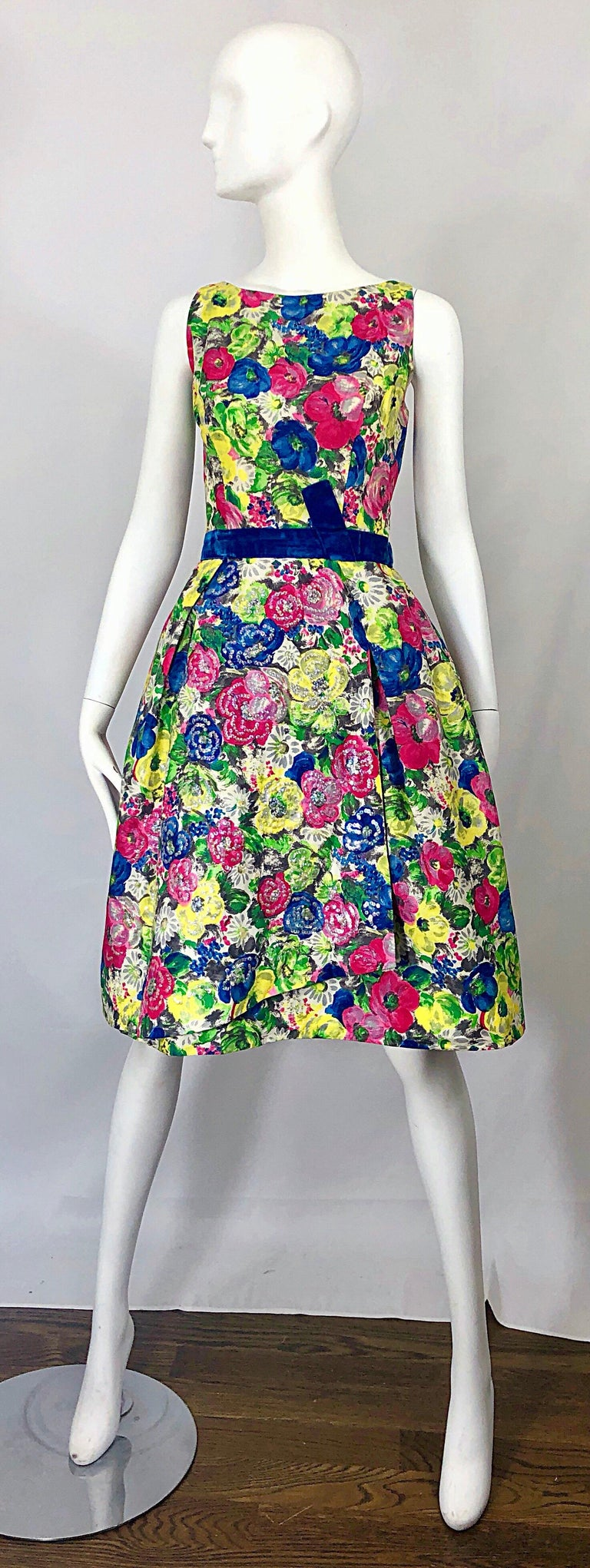 1950s Demi Couture Sequined Watercolor Floral Silk Fit n' Flare Vintage Dress For Sale 10