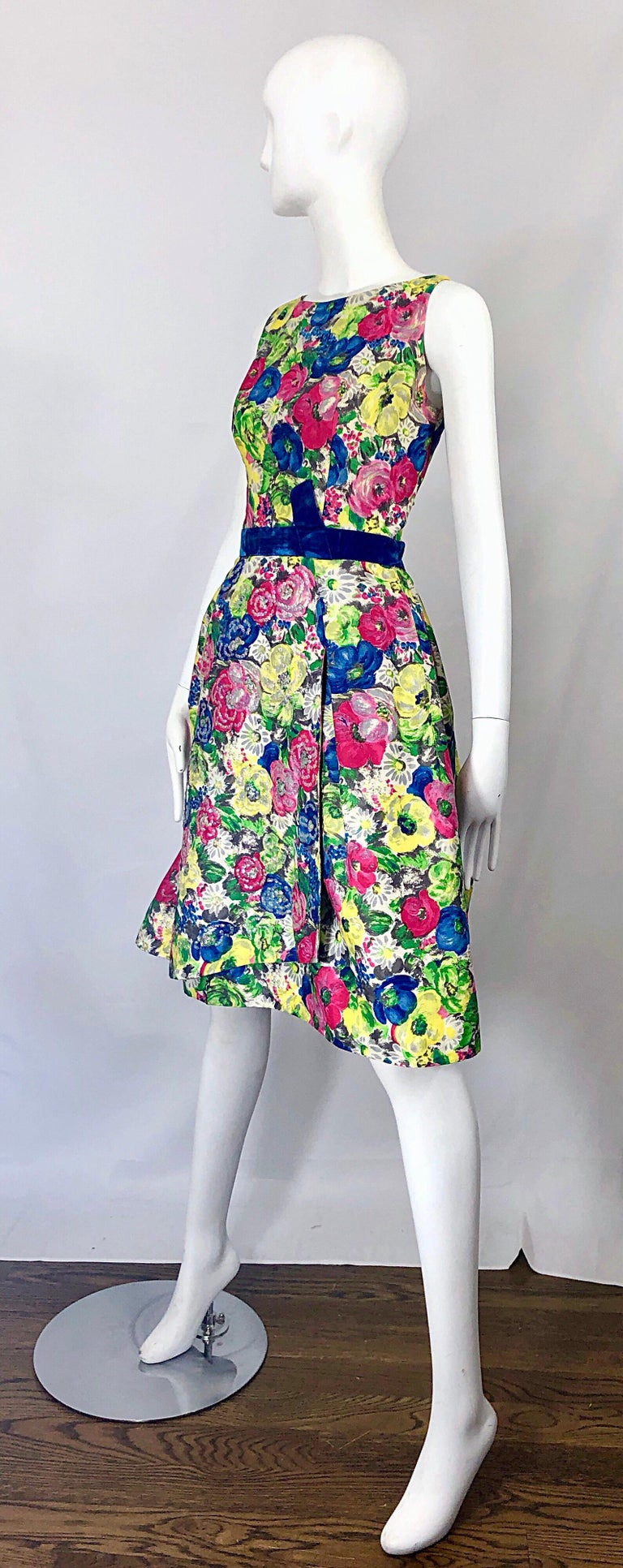 1950s Demi Couture Sequined Watercolor Floral Silk Fit n' Flare Vintage Dress For Sale 3