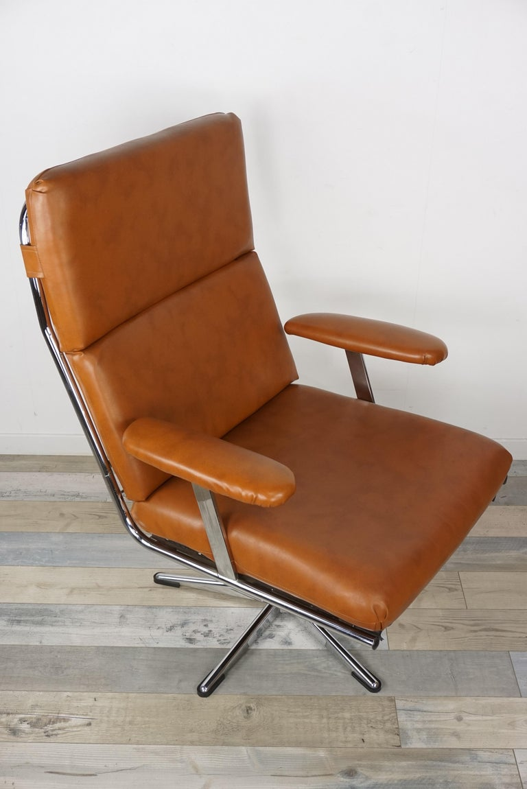 1950s Design Pair of Lounge and Swivel Armchairs For Sale 7