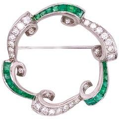 1950s Diamond Natural Emerald Platinum Vintage Pin Brooch