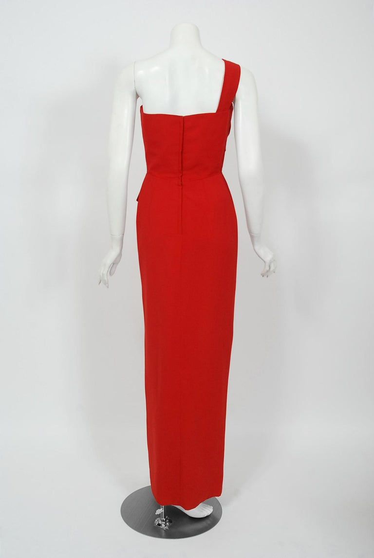 Vintage 1950's Dorothy O'Hara Red Rayon Crepe One-Shoulder Hourglass Slit Gown For Sale 3