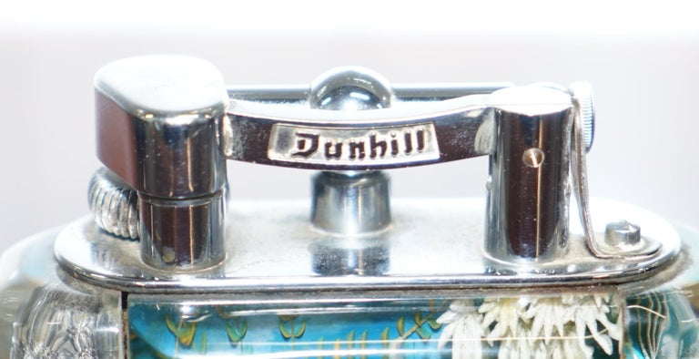 1950s Dunhill Aquarium Oversized Table Lighter Made in England Chrome Lots Fish In Good Condition For Sale In London, GB