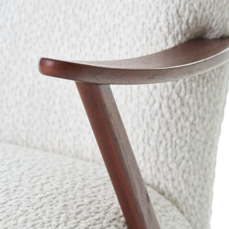 1950s DUX Walnut High Back Lounge Chair In Good Condition For Sale In Chicago, IL