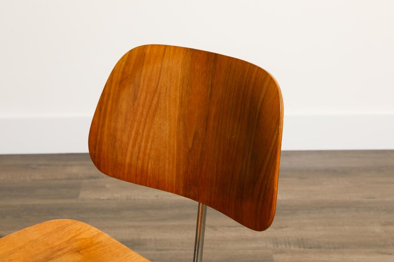 1950s Early Production 'DCM' Chairs by Charles Eames for Herman Miller, Signed  For Sale 9