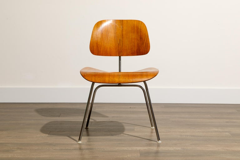 1950s Early Production 'DCM' Chairs by Charles Eames for Herman Miller, Signed  For Sale 4