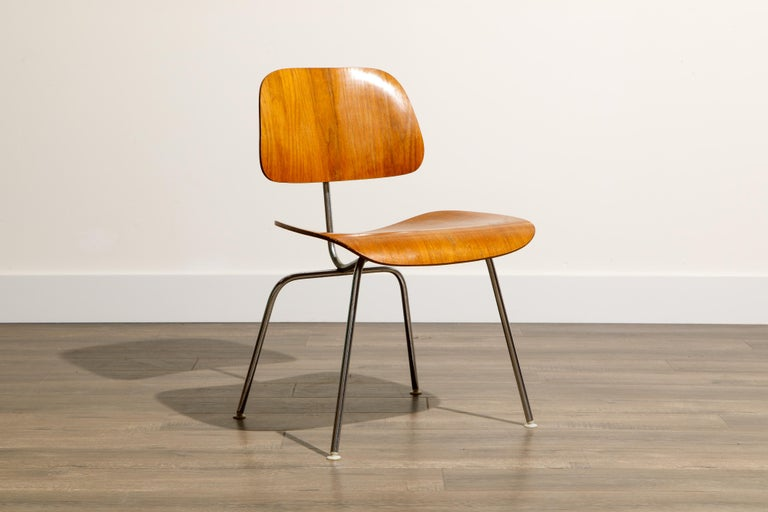 1950s Early Production 'DCM' Chairs by Charles Eames for Herman Miller, Signed  For Sale 5